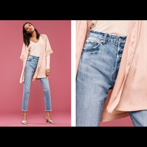 choose official 2019 original low priced H&M vintage fit high rise jeans